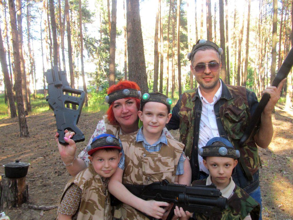 Организация и проведение выездных дней рождений, корпоративов и праздников в стиле игры лазертаг в Вышгороде